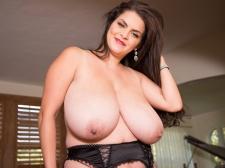 Bashful, Big breasted Looker
